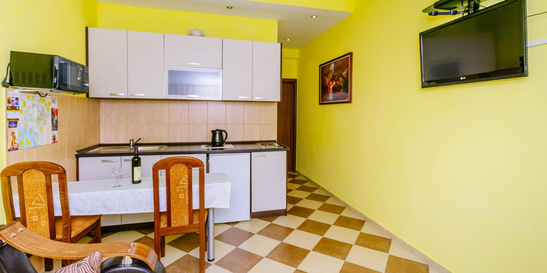 Apartman Sa Terasom (7)