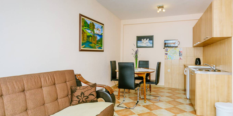 Prostran Apartman (6)