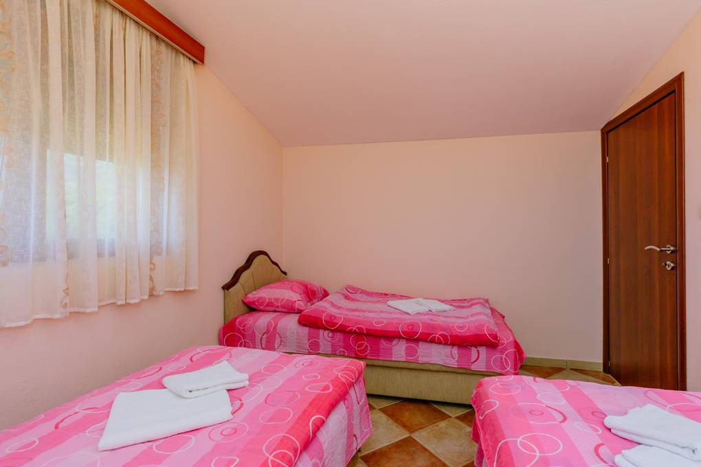 Prostran Apartman (8)