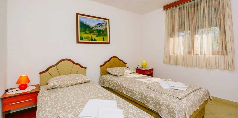 Udoban Apartman (1)