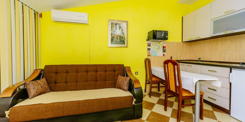 Apartman Sa Terasom (9)